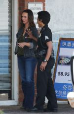 Jennifer Love-Hewitt On the set of 9-1-1, with co-star Angela Bassett, filming in Los Angeles