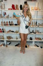 Sarah Rose Summers At WWD x Social House Panel during MAGIC Convention in Las Vegas