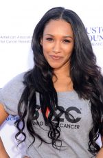 Candice Patton Stand Up To Cancer Live in Los Angeles