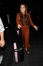 Dani Dyer Arriving at Manchester Piccadilly train station