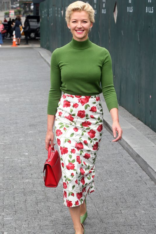 Gretchen Mol On way to the Michael Kors Fashion Show in New York