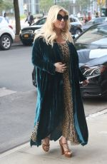 Jessica Simpson Returns to The Greenwich Hotel after a busy day in the Big Apple in New York