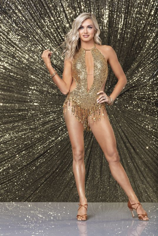 """Lindsay Arnold At """"Dancing With the Stars"""" Season 27 Portrait"""