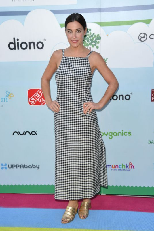 Lindsay Sloane At 7th Annual Celebrity Baby2Baby Benefit, Los Angeles