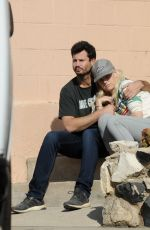Alice Eve Has a animated discussion with her boyfriend in Los Angeles