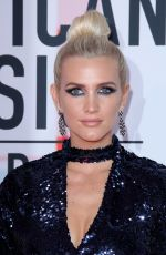 Ashlee Simpson At American Music Awards, Los Angeles