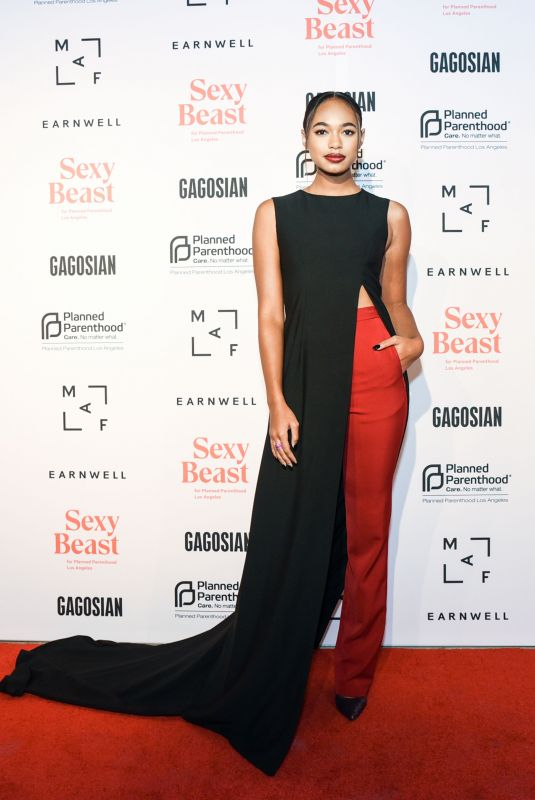 Chandler Kinney At The Sexy Beast Gala A Benefit For Planned Parenthood LA