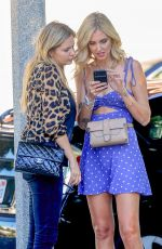 Chiara Ferragni Has lunch at Cafe Zinque in Los Angeles with and friends