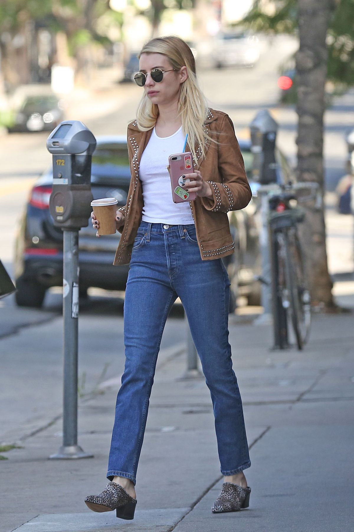 Emma Roberts Picking Up Two Coffees Near Her Home In Los Angeles Celebzz Celebzz