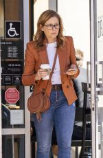 Jenna Fischer Running errands in Los Angeles