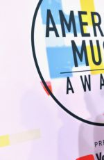 Jessie James Decker At 2018 American Music Awards in Los Angeles