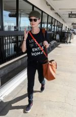 Juliette Lewis Arrives at Los Angeles LAX