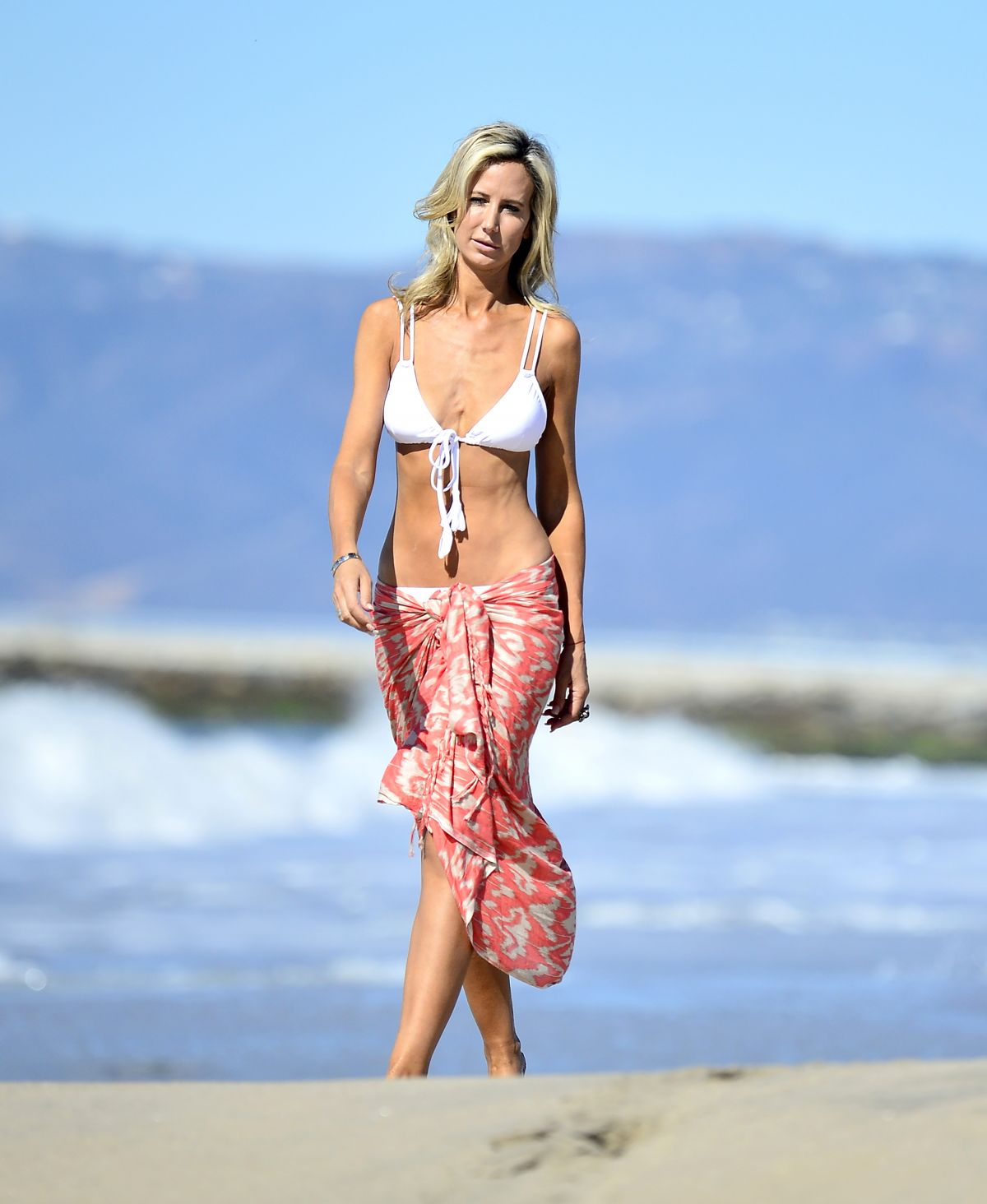 Snapchat Lady Victoria Hervey nude (43 foto and video), Pussy, Sideboobs, Boobs, in bikini 2017