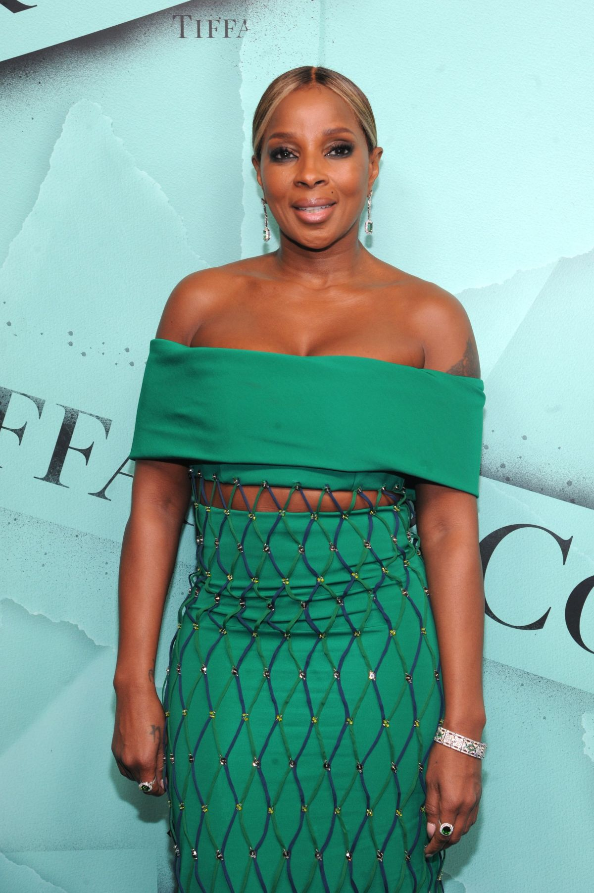 6fe2e1f082c Mary J. Blige At Tiffany Blue Book Collection The Four Seasons of Tiffany  jewelry collection