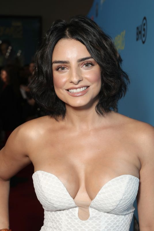 Aislinn Derbez At