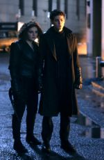 Camren Bicondova & David Mazouz On set of