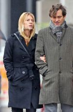 Claire Danes On a stroll with Hugh Dancy in NYC