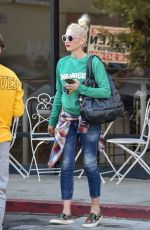 Gwen Stefani and her trio while stopping by Boba Time in Studio City