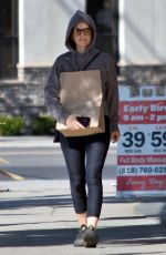 Isla Fisher Out & about in Studio City