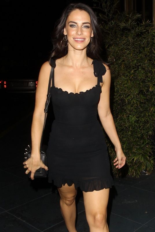 Jessica Lowndes Rings in her 30th year of life with dinner a Roku in WeHo