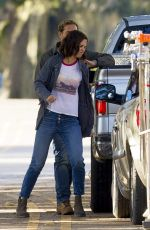 Katie Holmes On the set of her new movie in Louisiana