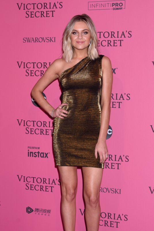 Kelsea Ballerini At 2018 Victoria Secret Fashion Show Afterparty at Pier 94 in New York City