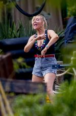 """Kirsten Dunst Filming scenes of her new AMC series """"On Becoming a God in Central Florida"""