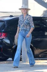 Malin Akerman Heads to lunch in Hollywood