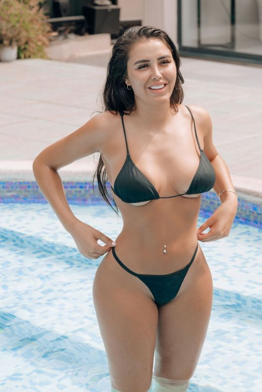 Marnie Simpson On holiday in Cyprus