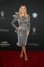Molly Sims At The Grove Christmas Tree Lighting in Los Angeles