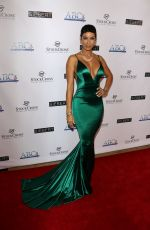 Nicole Murphy Attends the Associates For Breast And Prostate Cancer Studies