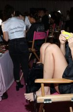 Palvin Barbara - Victoria's Secret Fashion Show 2018 - Backstage