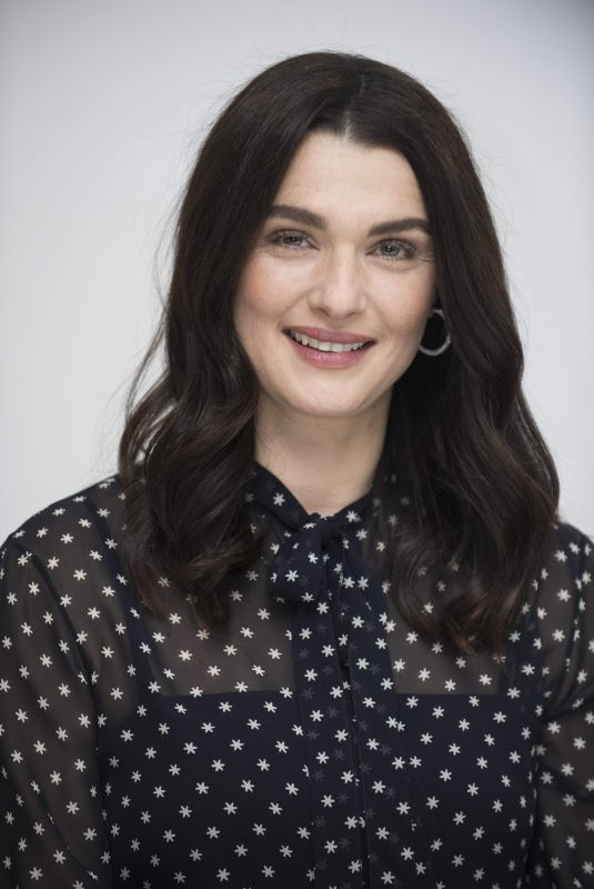 Rachel Weisz At The Favourite press conference at the Four Seasons Hotel in Beverly Hills