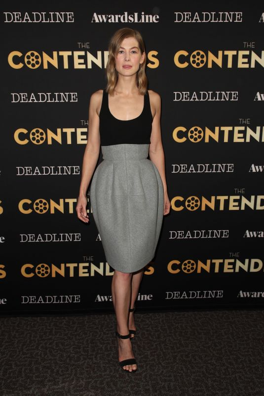 Rosamund Pike At The Deadline Contenders in Los Angeles -