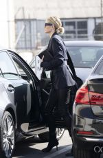 Rosie Huntington-Whiteley Heads to a meeting in Beverly Hills