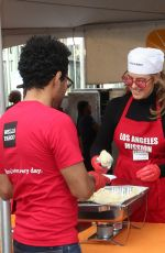 Sandra Taylor At Los Angeles Mission Thanksgiving Meal for the Homeless