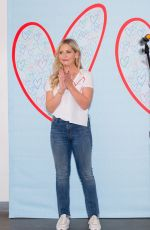 Sarah Michelle Gellar At Alliance Of Moms Presents Raising Baby in Los Angeles