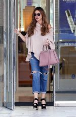 Sofia Vergara In Beverly Hills doing some shopping this Afternoon