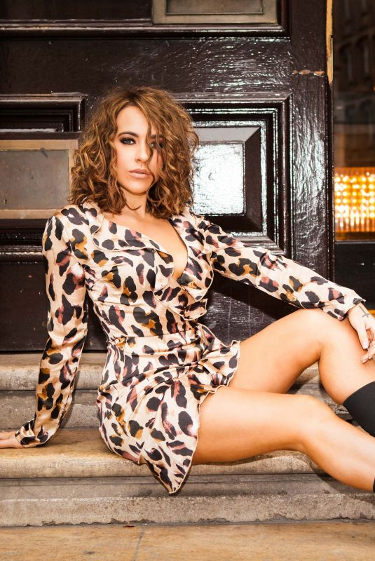 Stephanie Davis For New JYY London Collection, October 2018