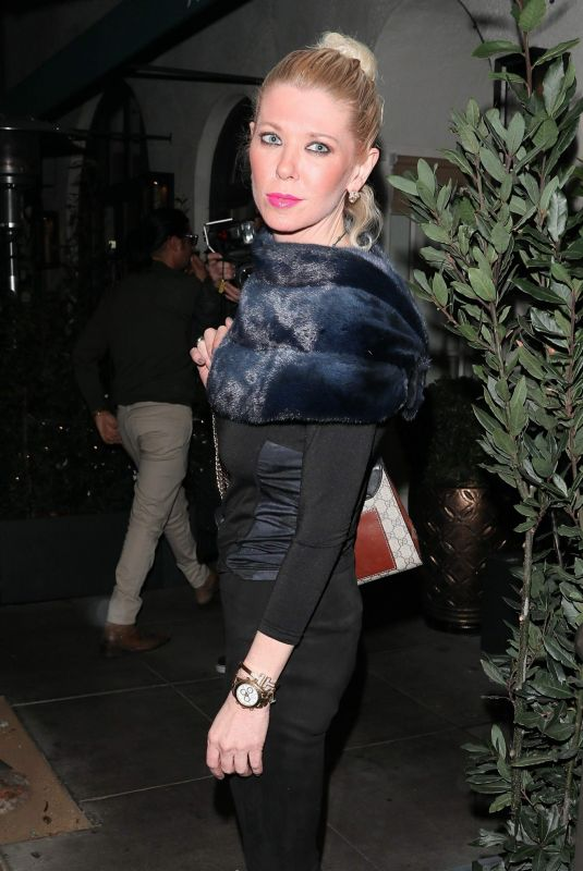 Tara Reid At Madeo ahead of Thanksgiving in the 90210, Beverly Hills