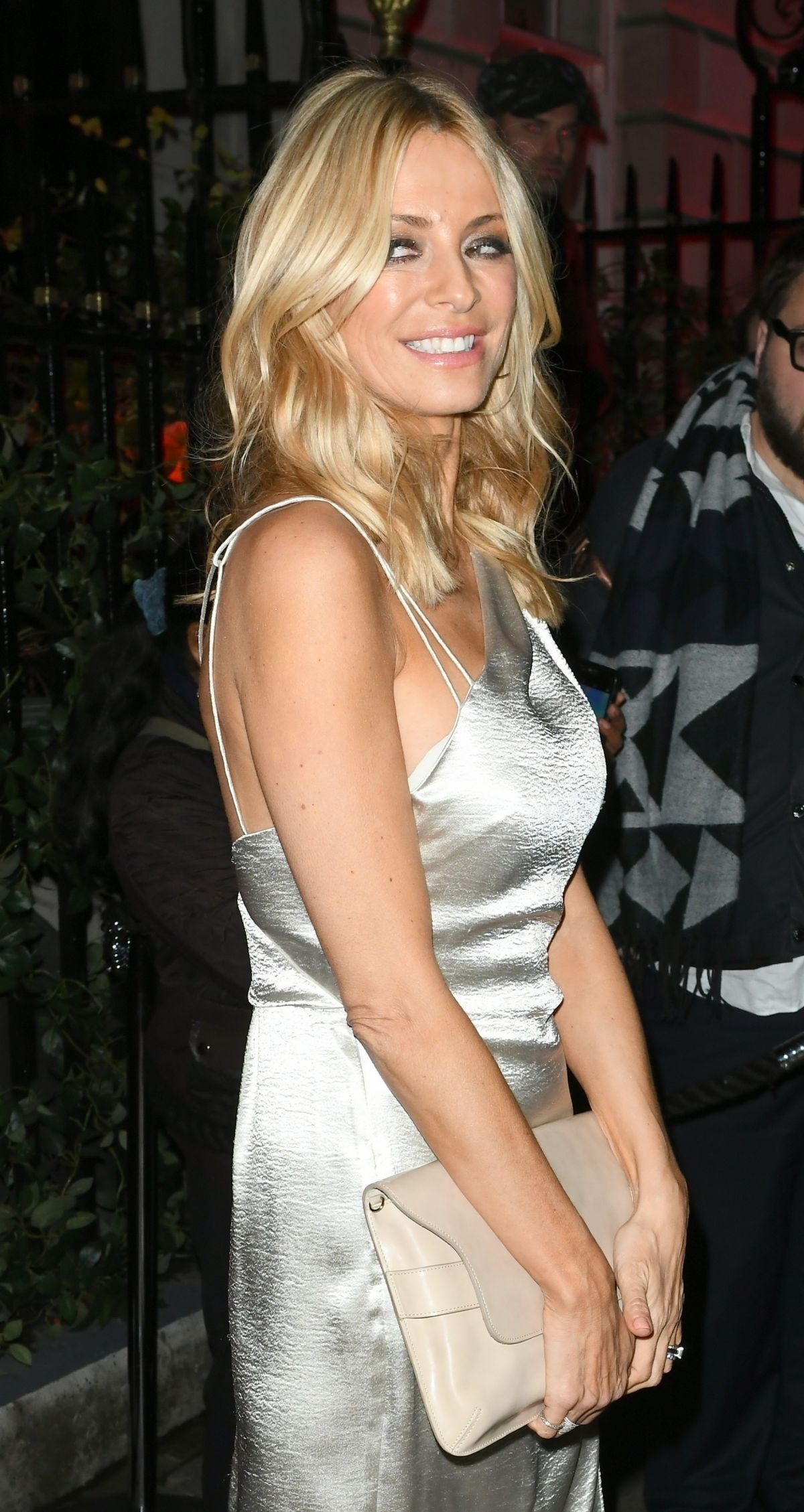 tess daly - photo #42