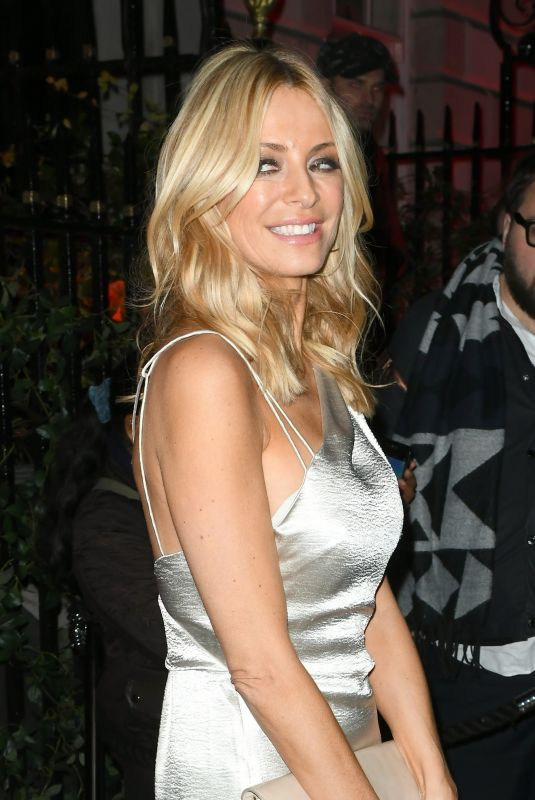 Tess Daly At Goldie