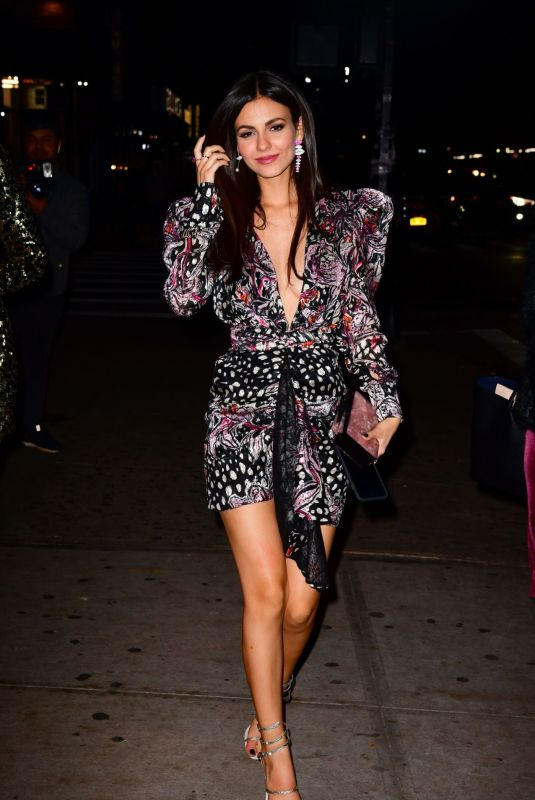 Victoria Justice All smiles as she heads to the Victoria