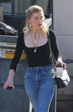 Amber Heard Makes a morning trip to Cafe D