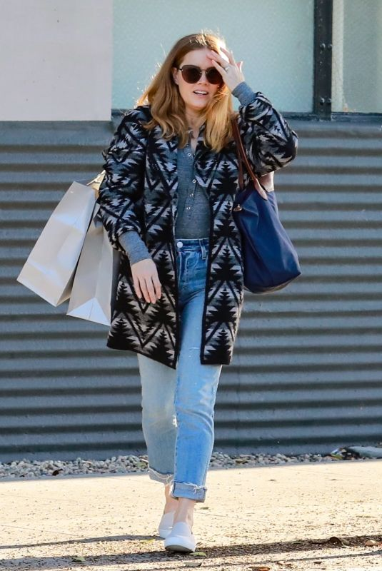 Amy Adams Shopping in Beverly Hills