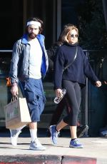 Elizabeth Olsen With her boyfriend Robbie Arnett, enjoying a workout session together in West Hollywood