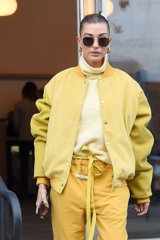 Hailey Baldwin Bieber Out and about in New York