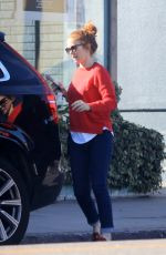 Isla Fisher Heads out for some shopping in Los Angeles