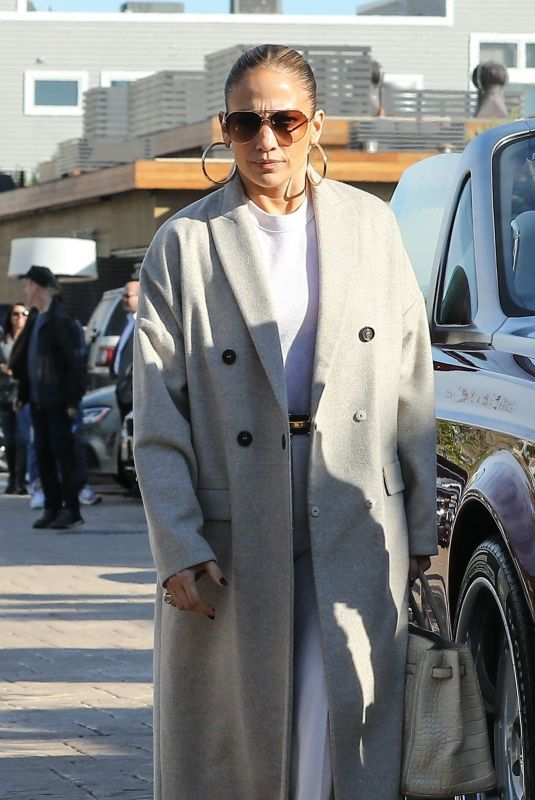 Jennifer Lopez Departed for an afternoon at the Soho House in Malibu