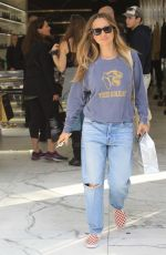 Jennifer Meyer Gets some last minute Christmas shopping done on Christmas Eve